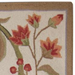 Safavieh Hand-hooked Garden Scrolls Ivory Wool Rug (2'9 x 4'9) - Thumbnail 1