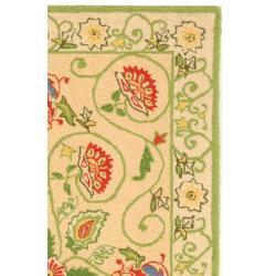 Safavieh Hand-hooked Bedford Beige/ Green Wool Rug (2'9 x 4'9) - Thumbnail 1