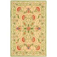 Safavieh Hand-hooked Bedford Beige/ Green Wool Rug - 2'9 x 4'9