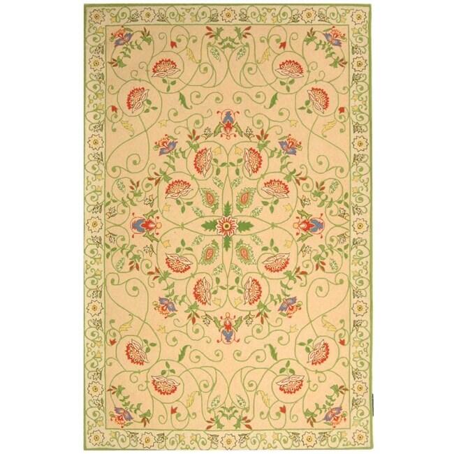 Safavieh Hand-hooked Bedford Beige/ Green Wool Rug - 7'6 x 9'9