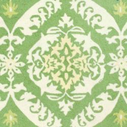 Safavieh Hand-hooked Chelsea Heritage Green Wool Rug (6' x 9')