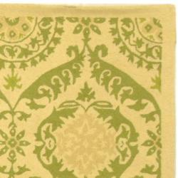 Safavieh Hand-hooked Chelsea Heritage Beige Wool Rug (3'9 x 5'9) - Thumbnail 1