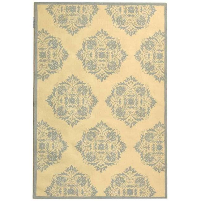 Safavieh Hand-Hooked Geometric Chelsea Ivory Wool Rug (3'9 x 5'9)