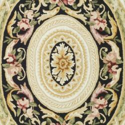 Safavieh Hand-hooked Aubusson Ivory/ Black Wool Rug (6' x 9') - Thumbnail 2