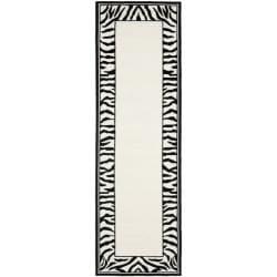 Safavieh Hand-hooked Zebra Border White/ Black Wool Rug (2'6 x 12')