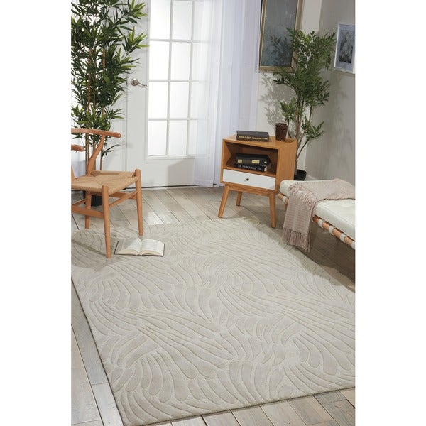 Nourison Hand-tufted Contours Striped Ivory Rug (7'3 x 9'3) - 7'3 x 9'3