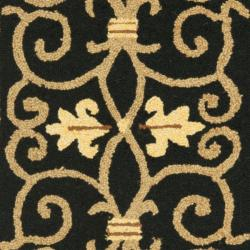 Safavieh Hand-hooked Chelsea Irongate Black Wool Rug (2'6 x 6') - Thumbnail 2