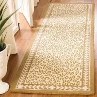 "Safavieh Hand-hooked Chelsea Leopard Ivory Wool Rug - 2'6"" x 10'"