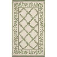 Safavieh Hand-hooked Trellis Ivory/ Light Green Wool Rug - 2'6 x 4'