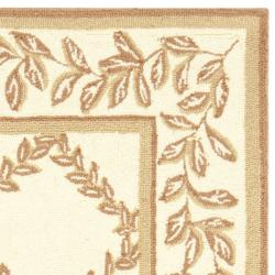 Safavieh Hand-hooked Trellis Ivory/ Beige Wool Rug (2'6 x 4') - Thumbnail 1