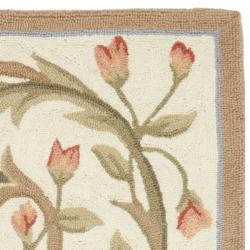 Safavieh Hand-hooked Garden Scrolls Ivory Wool Rug (2'6 x 8') - Thumbnail 1