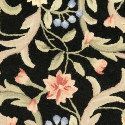 Safavieh Hand-hooked Garden Scrolls Black Wool Rug (7'6 x 9'6 Oval) - Thumbnail 2