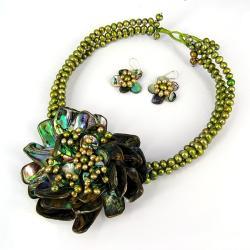 Blossoming Water Lotus Abalone Shells Jewelry Set