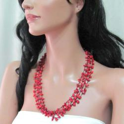 Handmade Coral Strand Red Beauty Multistrand Necklace (Thailand)