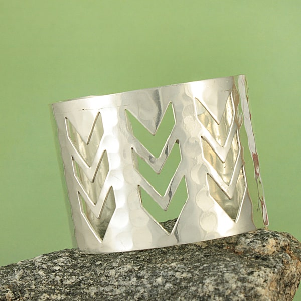 Handcrafted Wide Hammered Silvertone Cutout Chevron Cuff Bracelet (India)