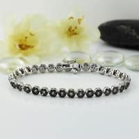 Auriya 14k Gold 4 1/2ct TDW Black and White Flower Diamond Tennis Bracelet