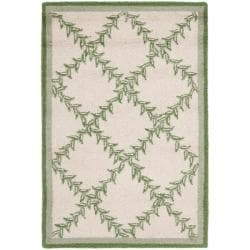 Safavieh Hand-hooked Trellis Ivory/ Light Green Wool Rug (1'8 x 2'6)