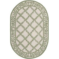 Safavieh Hand-hooked Trellis Ivory/ Light Green Wool Rug (4'6 x 6'6 Oval)