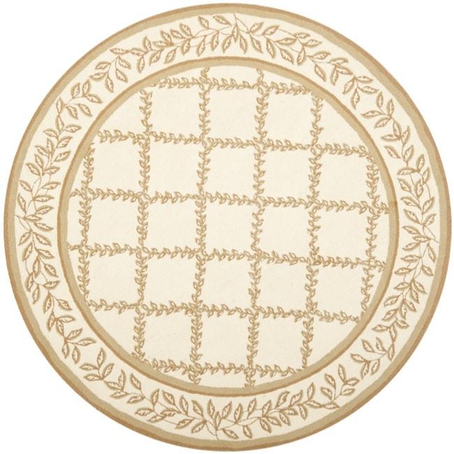 Safavieh Hand-hooked Trellis Ivory/ Beige Wool Rug (5'6 Round)