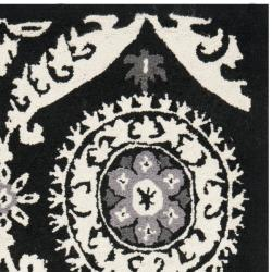 Safavieh Hand-hooked Chelsea Heritage Black Wool Rug (2'9 x 4'9) - Thumbnail 1