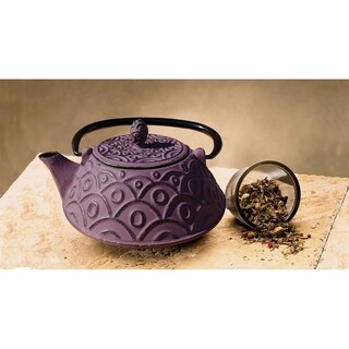 Old Dutch Cast Iron 26-ounce Teapot