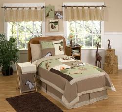 Jungle Adventure Animal Safari 4-piece Boy's Twin-size Bedding Set