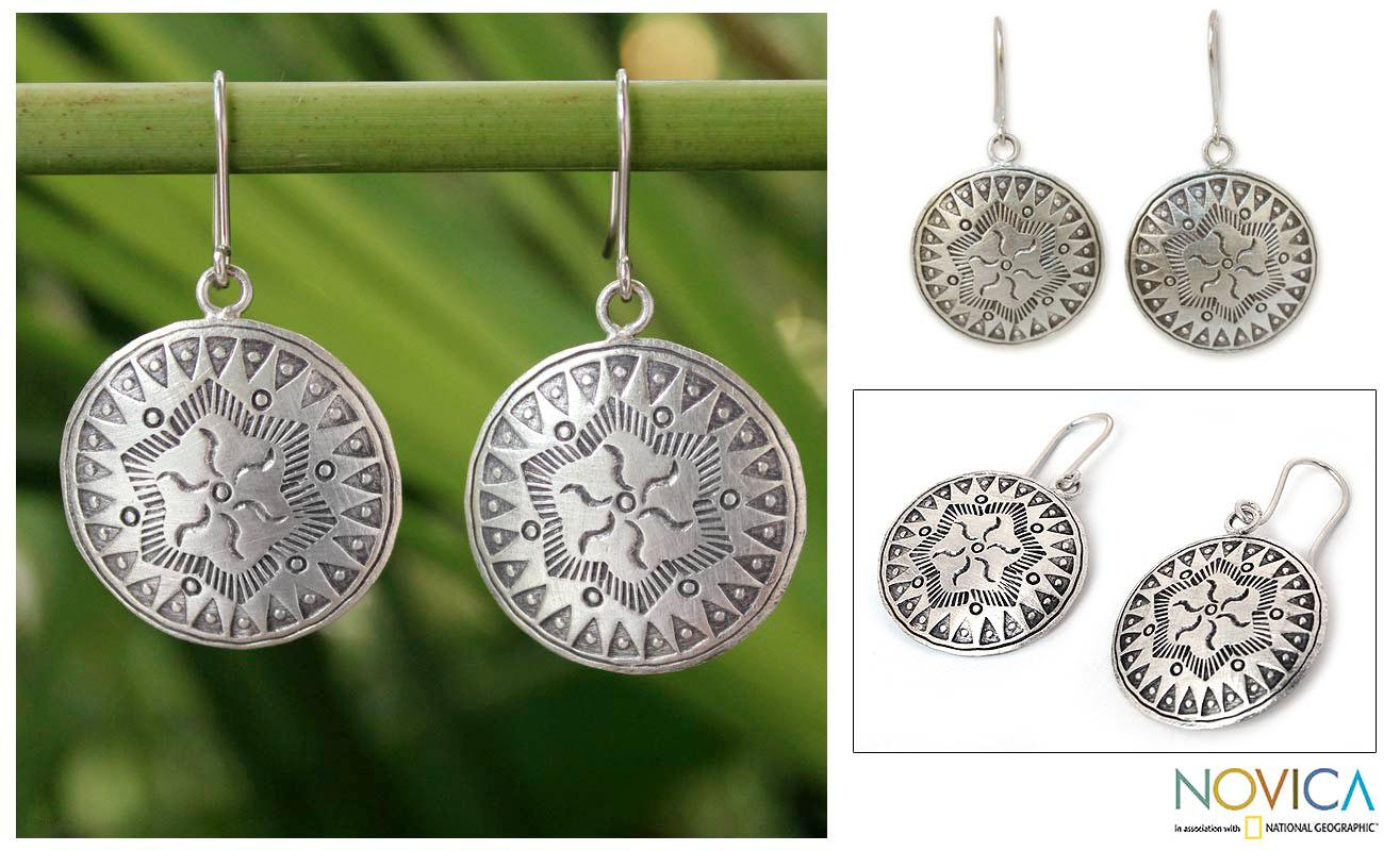 Sterling Silver Handcrafted 'Chiang Mai Breeze' Earrings (Thailand)