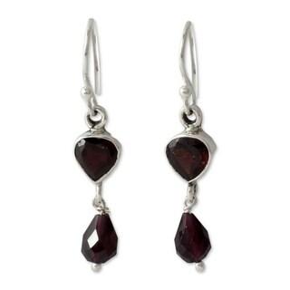 Handmade Sterling Silver 'Fire of Love' Garnet Dangle Earrings (India)