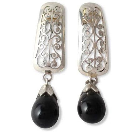 Handmade Sterling Silver 'Mughal Melody' Onyx Earrings (India)