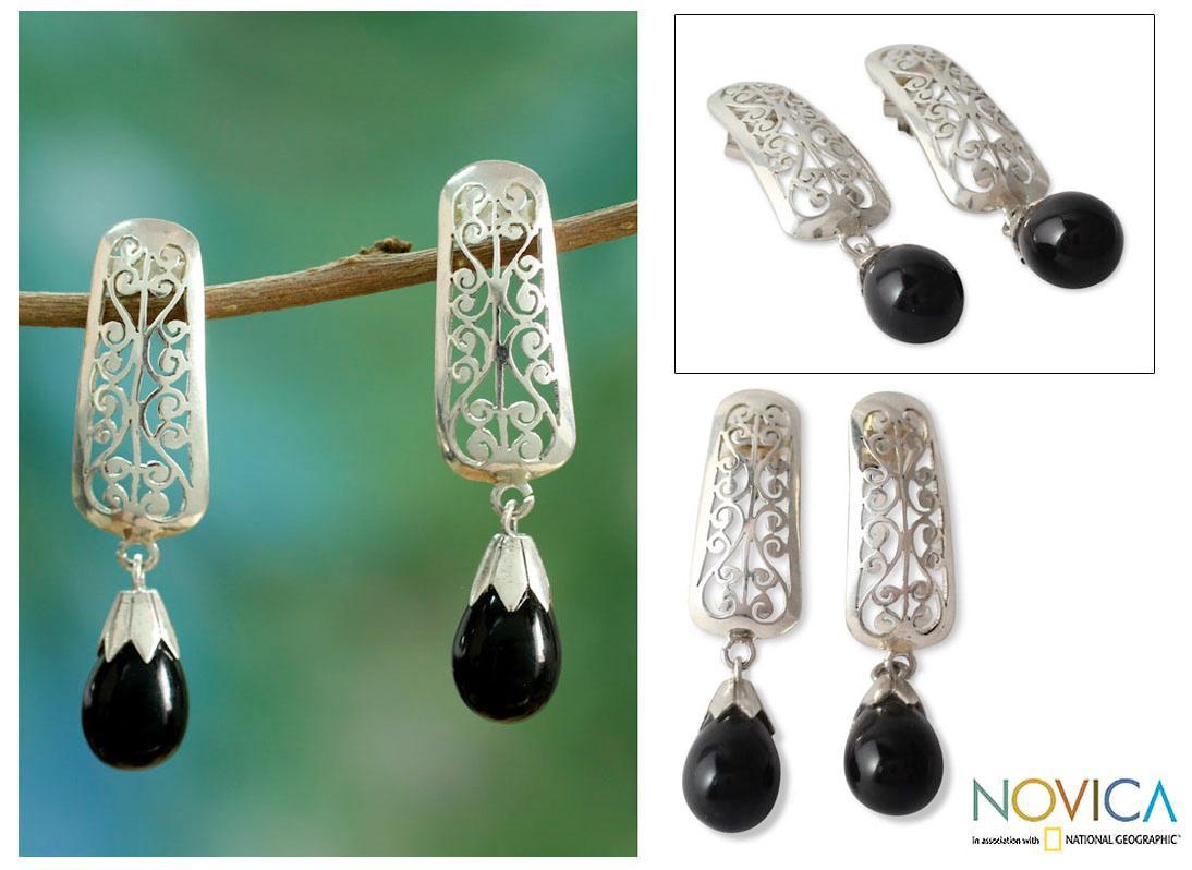 Handmade Sterling Silver 'Mughal Melody' Onyx Earrings (India)