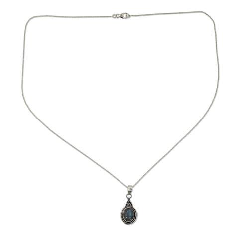Handmade Sterling Silver Labradorite Pendant Necklace 'Jaipur Mist' (India)