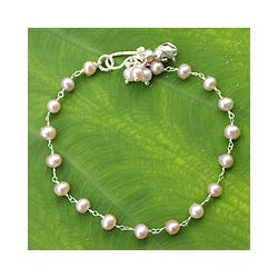 Silver 'Pink Rose Horizon' Pearl Floral Bracelet (5-5.5 mm) (Thailand)
