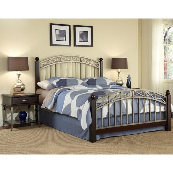Bordeaux Queen Bed / Two End Tables Set