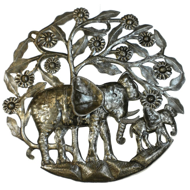 Handmade  24-inch 'Mother Elephant and Calf' Metal Art (Haiti)