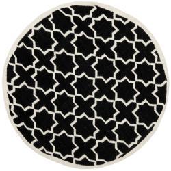 Safavieh Handwoven Moroccan Reversible Dhurrie Black/Ivory Wool Rug (6' Round)