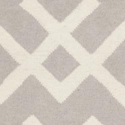 Safavieh Moroccan Reversible Dhurrie Grey/Ivory Wool Area Rug (3' x 5')