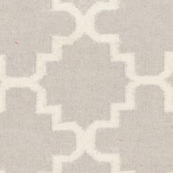 Safavieh Hand-woven Moroccan Reversible Dhurrie Grey/ Ivory Wool Rug (2'6 x 12')