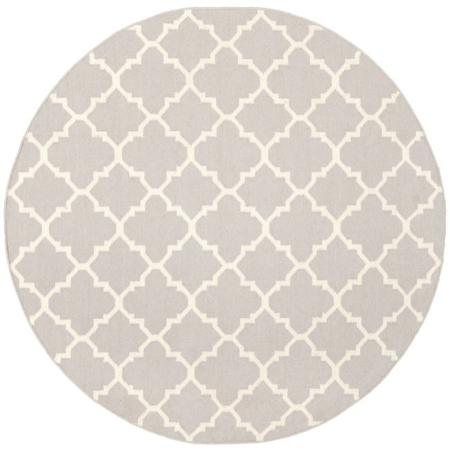 Safavieh Handwoven Moroccan Reversible Dhurrie Grey/ Ivory Wool Area Rug (8' Round)
