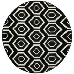 Safavieh Transitional Safavieh Handwoven Moroccan Reversible Dhurrie Black/ Ivory Wool Rug (6' Round