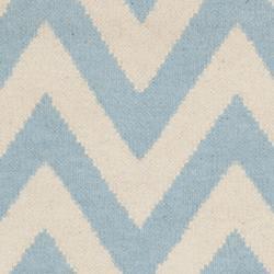 Safavieh Hand-woven Moroccan Reversible Dhurrie Chevron Blue/ Ivory Wool Rug (3' x 5')
