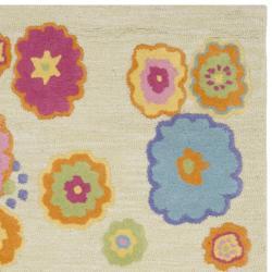Safavieh Handmade Children's Flowers Green New Zealand Wool Rug (8' x 10')