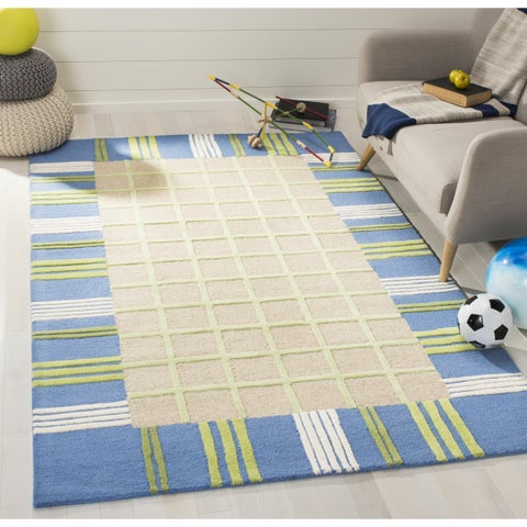 Safavieh Handmade Children's Plaid Beige New Zealand Wool Rug - 7' x 7' Square