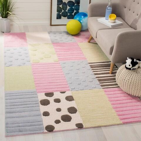 Safavieh Handmade Children's Spaces New Zealand Wool Rug - 4' x 6'