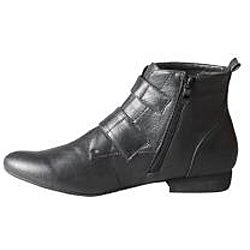 Refresh by Beston Women's 'Kylie' Black Ankle Booties