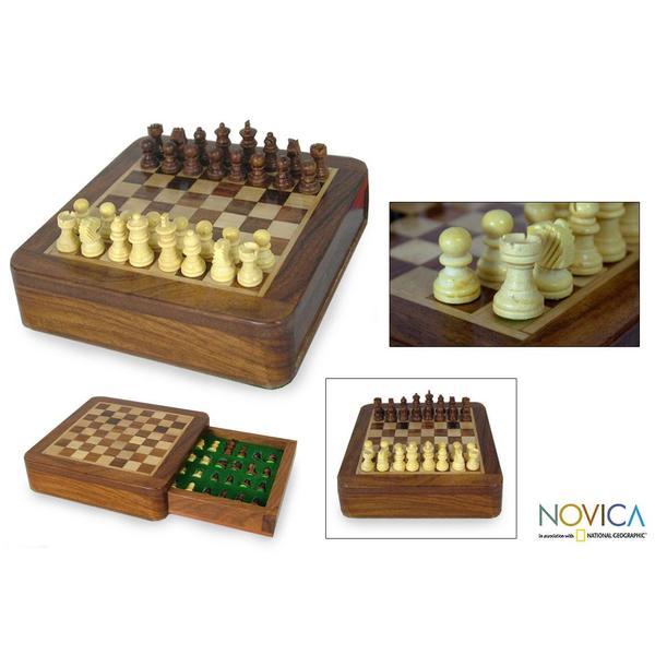 Sheesham Wood and Kadam Wood 'Traveler' Chess Set (India)