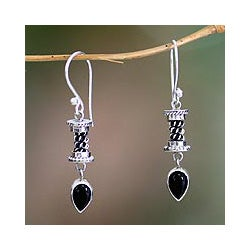 Handmade Sterling Silver 'Balinese Temptation' Onyx Earrings (Indonesia)