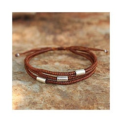 Handmade Polyester 'Hill Tribe Friend In Cinnamon' Bracelet (Thailand)