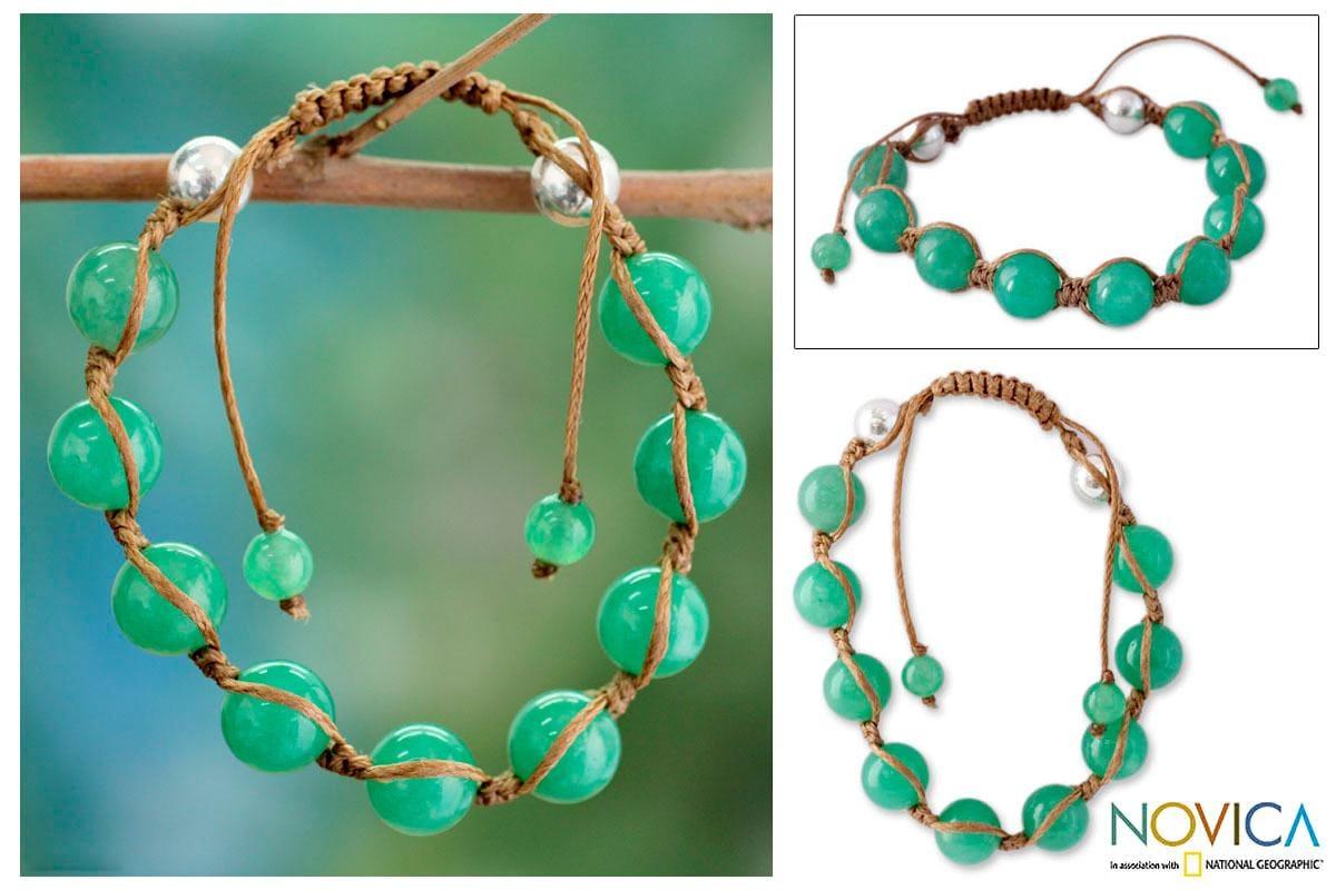 Handmade Sterling Silver Meditate Green Gemstone Jade Beaded Bracelet (India)