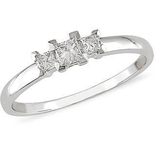 Miadora 14k White Gold 1/4ct TDW Princess Diamond Three-Stone Ring (I-J/ I2)|https://ak1.ostkcdn.com/images/products/703745/P949473.jpg?impolicy=medium