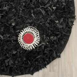 Safavieh Handmade Metro Modern Black Leather Decorative Shag Round Rug (6' Round)